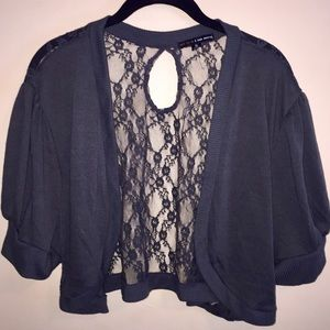 Cropped Short Sleeve Grey Top